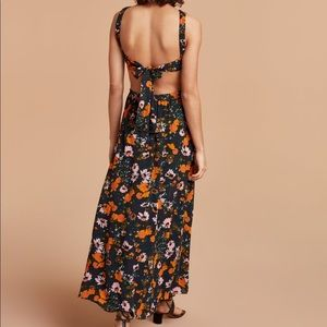 Wilfred Pascale Floral dress XS FLAWLESS Aritzia